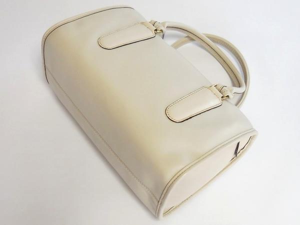 コーチ クラシック ハンドバッグ17995白 背面