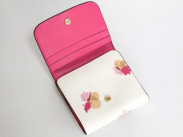 コーチ コンパクト財布F53758白花柄 内装
