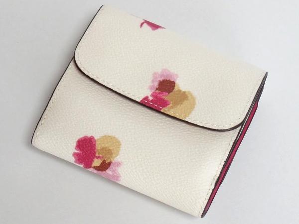 コーチ コンパクト財布F53758白花柄 背面