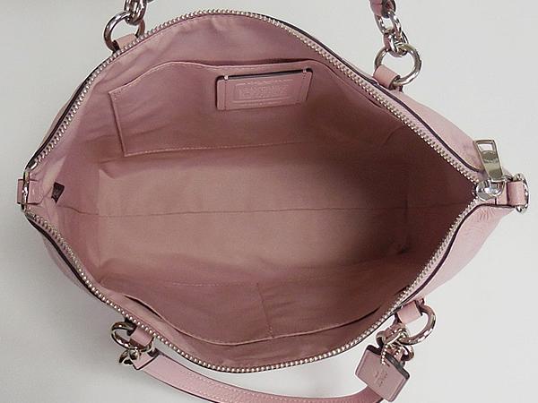 コーチ ハンドバッグF28993淡いピンク 荷室