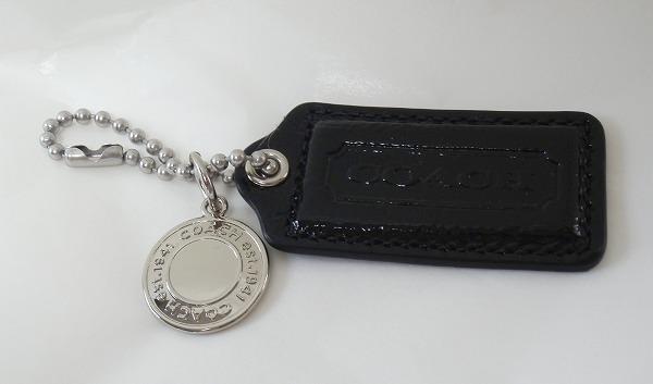 レディースバッグのレザー製ハングタグとスナップヘッド・メダル
