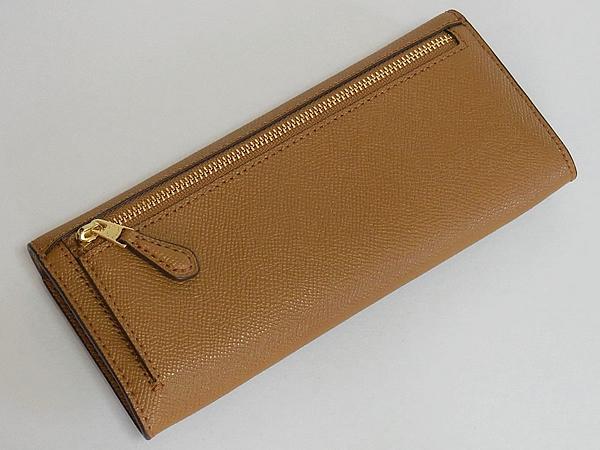 コーチ フラップ長財布F59949薄茶色 背面