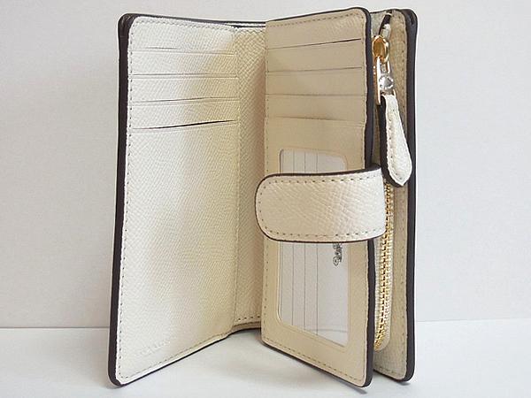 コーチ 二つ折財布F23237白ラメ カード入れ