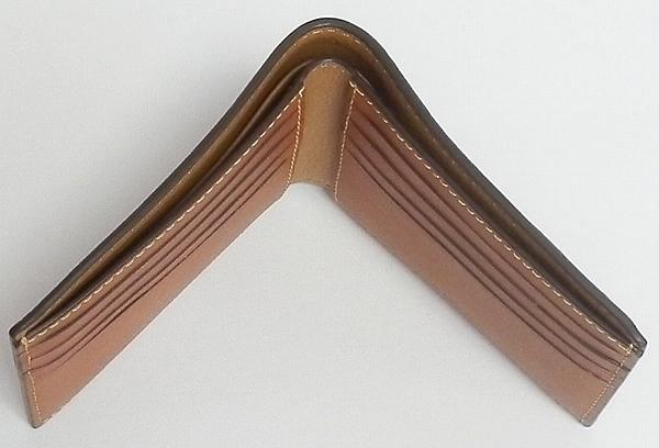 コーチ メンズ二つ折り財布F24647サドル 天面