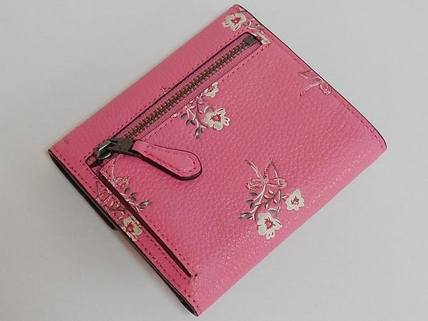 コーチ 三つ折り財布28445花柄ピンク 背面