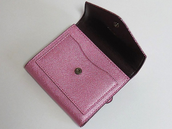 コーチ 三つ折り財布59972ピンク 前ポケット