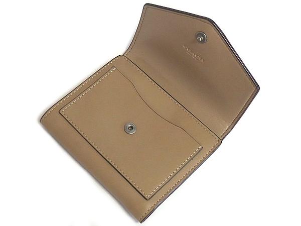 コーチ 三つ折り財布87200ベージュ 内装