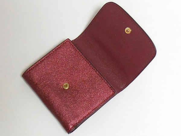 コーチ 三つ折り財布F21069チェリー 内装