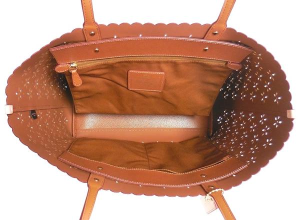 コーチ トートバッグF37650ピンク 荷室