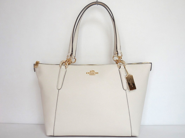 cd3b537e7bd0 コーチ バッグ 女子大学生が持ちたいプレゼントして欲しい鞄はこれ ...