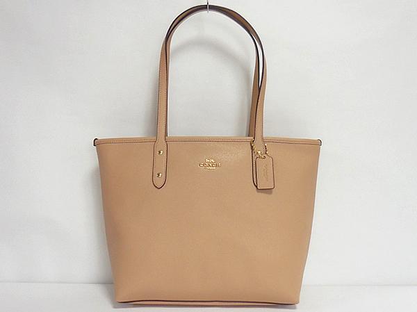 beccded06e79 働く女性に大人気!コーチのA4サイズが入るバッグ軽量かばん特集 ...