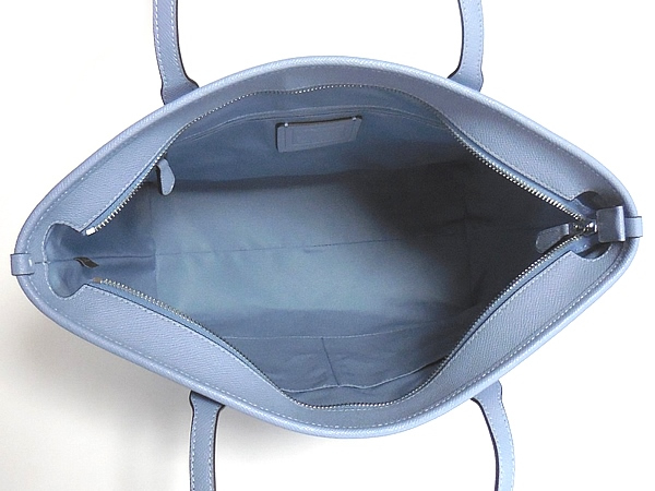 コーチ トートバッグF58846淡い青 荷室