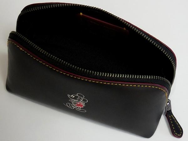 ミッキーマウス 化粧ポーチ コーチF59820黒 荷室